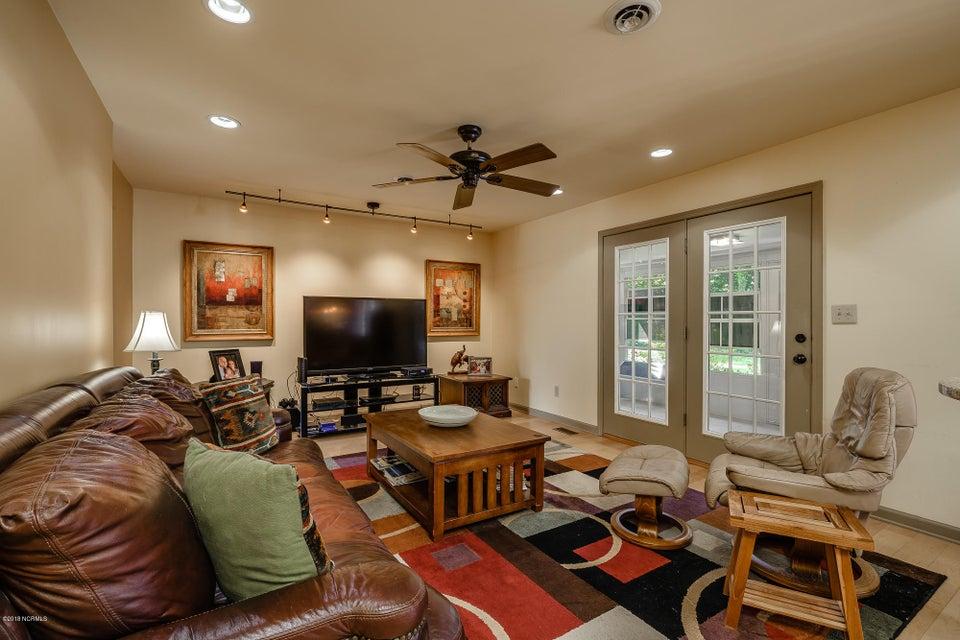 106 Taylor Lane, Morehead City, NC, 28557   MLS #100131978