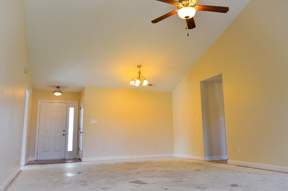 205 Edgefield Drive, Jacksonville, NC, 28546 | MLS #100132263