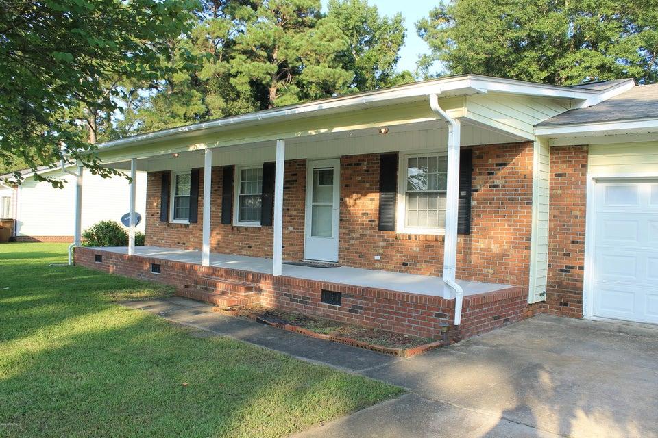 2528 Country Club Road, Jacksonville, NC, 28546 | MLS #100132327