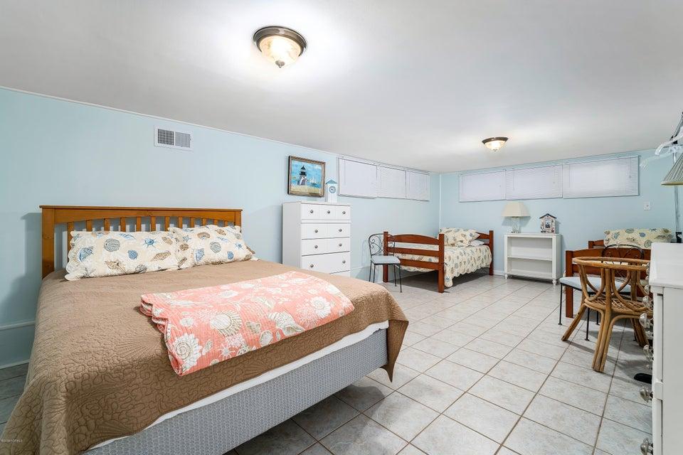 113 Oakleaf Drive, Pine Knoll Shores, NC, 28512 | MLS #100132976