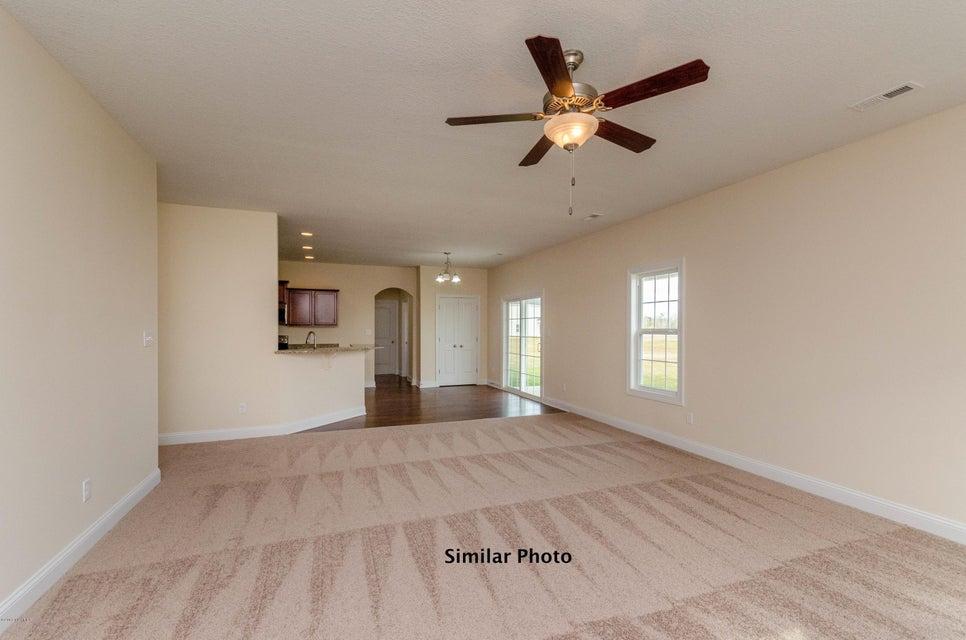 310 Crossroads Store Drive, Jacksonville, NC, 28546 | MLS #100135319