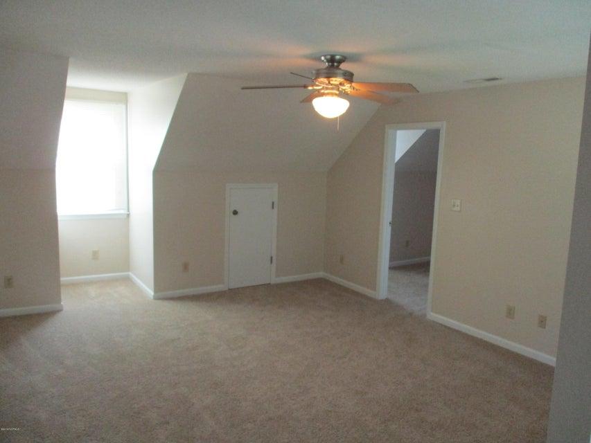 124 Raintree Circle, Jacksonville, NC, 28540 | MLS #100133768