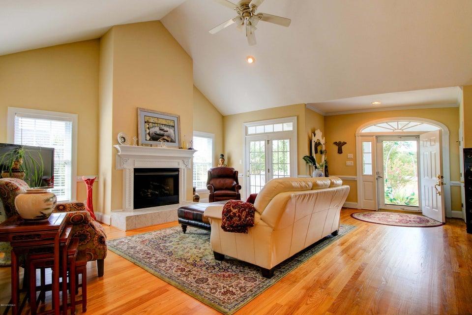 205 Royal Oaks Court, Cedar Point, NC, 28584 | MLS #100134024