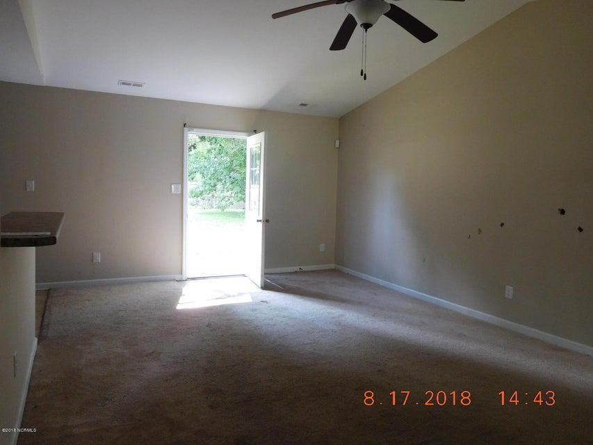 305 Roosevelt Road, Jacksonville, NC, 28540   MLS #100134292