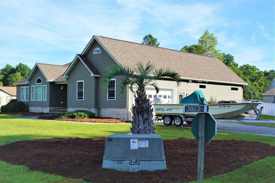 301 Limbaugh Lane, Swansboro, NC, 28584   MLS #100135399