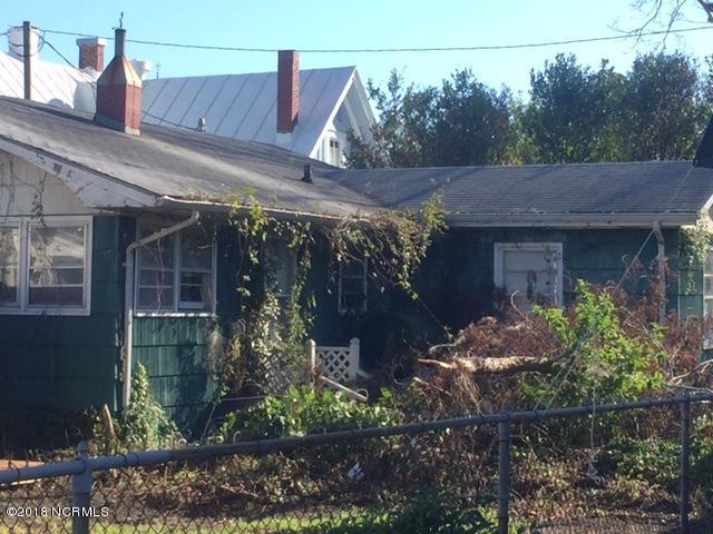 215 Turner Street, Beaufort, NC, 28516   MLS #100135917
