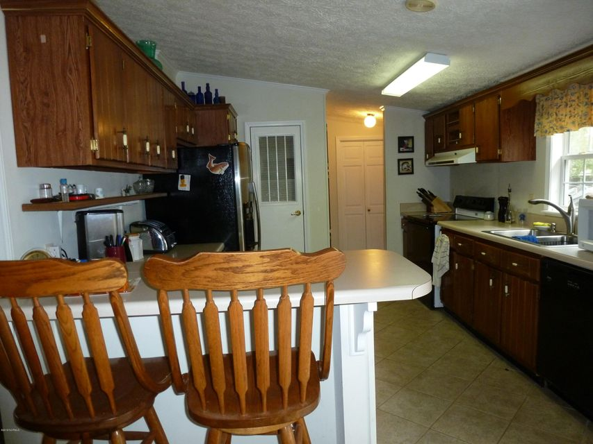 107 Bayshore Drive, Cape Carteret, NC, 28584 | MLS #100135808