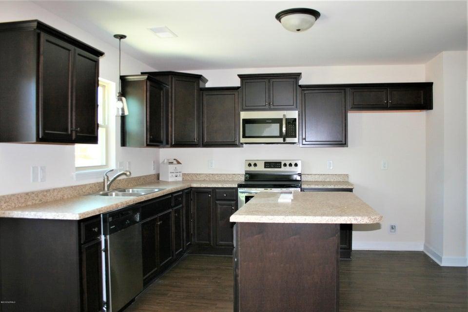 108 Sparrows Point Lane, Jacksonville, NC, 28540 | MLS #100111704