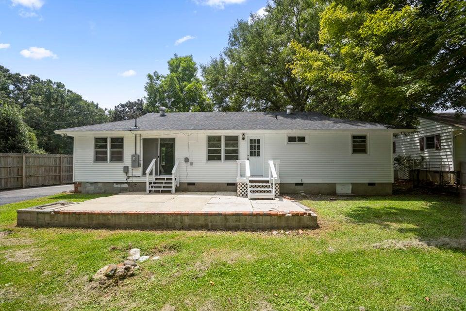407 Hickory Court, Jacksonville, NC, 28540 | MLS #100135986