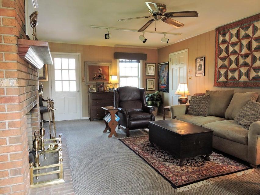 3512 Country Club Road, Morehead City, NC, 28557 | MLS #100136478