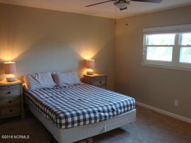 407 Shamrock Drive, Jacksonville, NC, 28540 | MLS #100136583