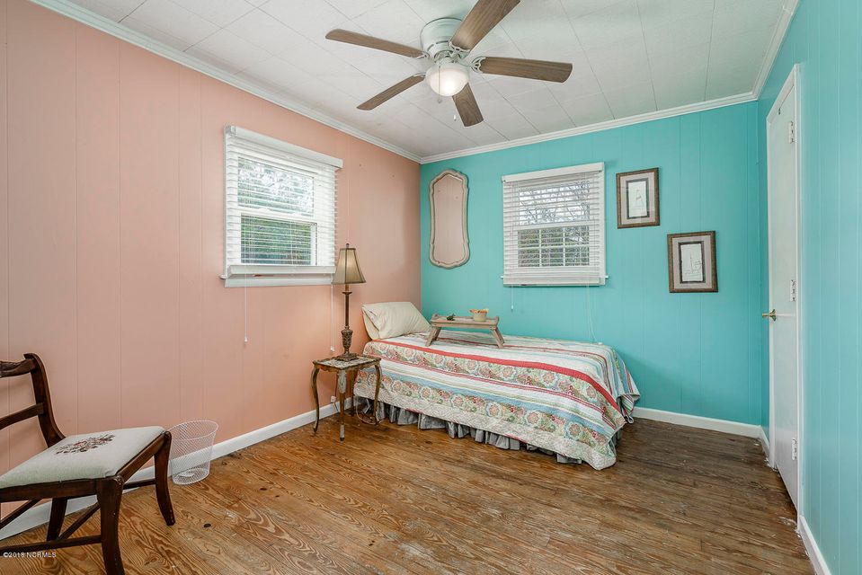 6002 Mclean Street, Emerald Isle, NC, 28594 | MLS #100137115