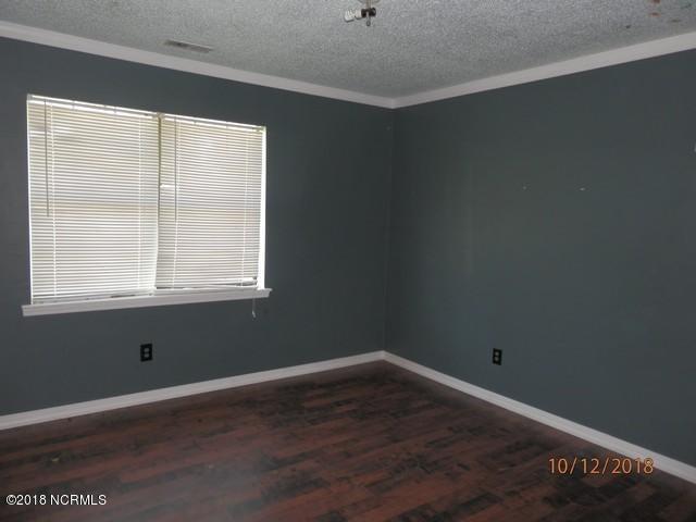 332 Riggs Road, Hubert, NC, 28539 | MLS #100137983