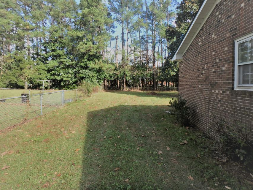 410 Pine Valley Road, Jacksonville, NC, 28546   MLS #100139338
