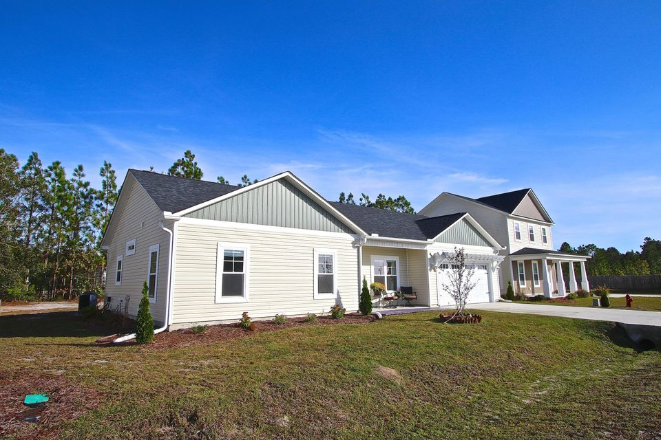 217 Chestwood Drive, Hubert, NC, 28539 | MLS #100139343