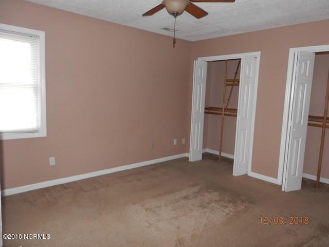 205 Foxtrace Lane, Hubert, NC, 28539 | MLS #100141986