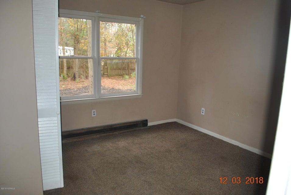 1390 Murrill Hill Road, Jacksonville, NC, 28540   MLS #100142126