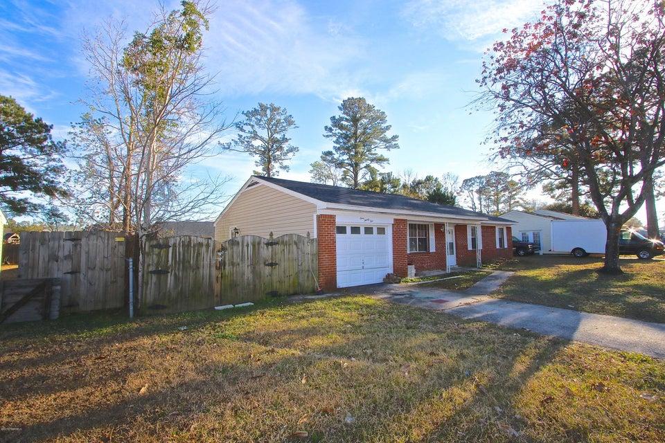 125 White Oak Boulevard, Jacksonville, NC, 28546 | MLS #100143660