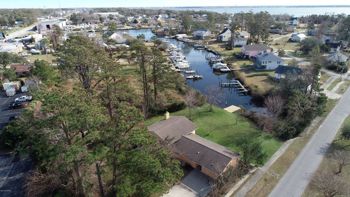 111 Mansfield Parkway, Morehead City, NC, 28557 | MLS #100145329