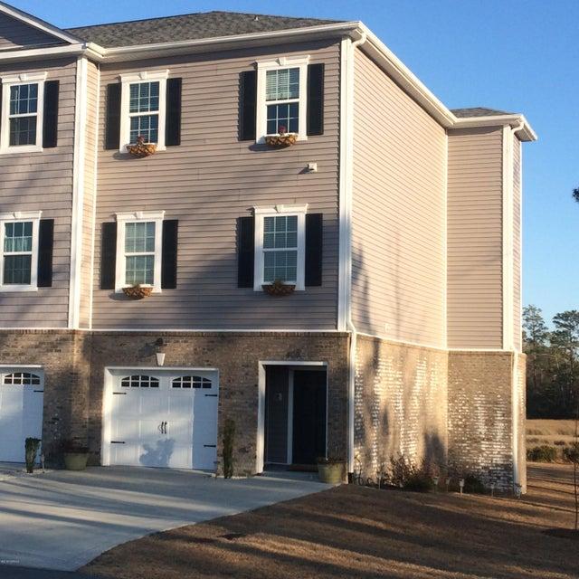 400 Garland Shores Drive, Hubert, NC, 28539   MLS #100146574