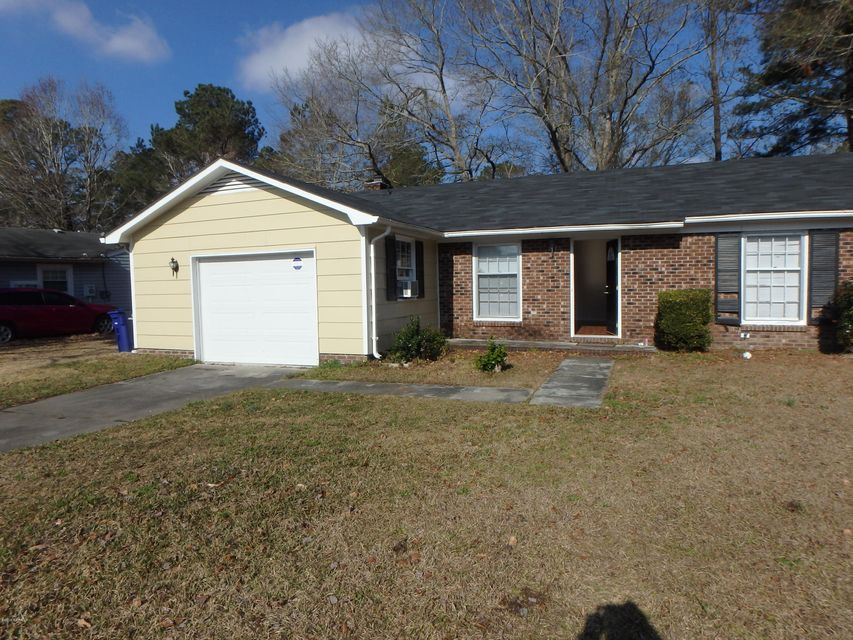 109 Woodside Court, Jacksonville, NC, 28546   MLS #100146846