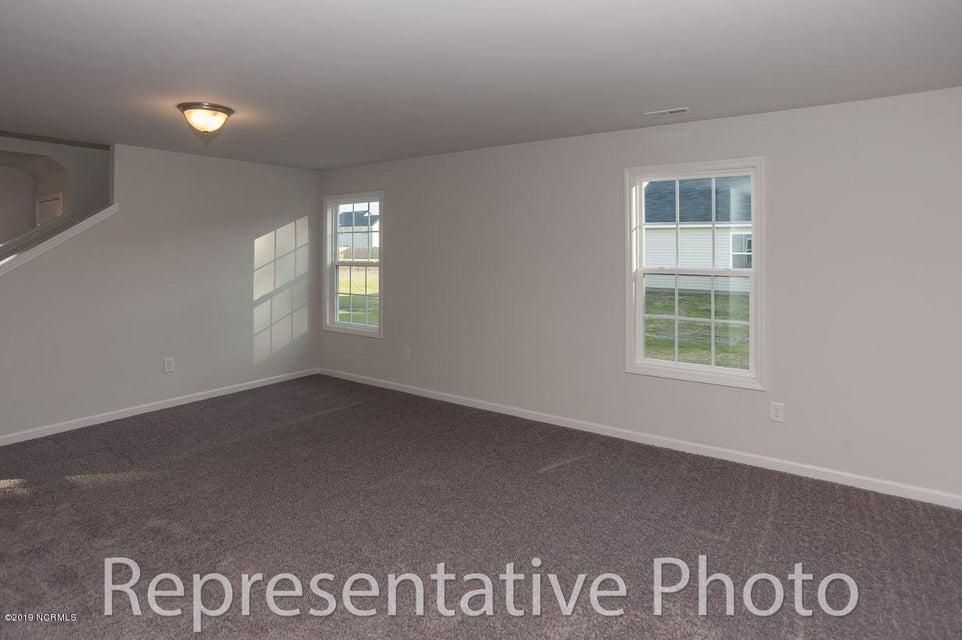900 Haystack Lane, Jacksonville, NC, 28546 | MLS #100141125