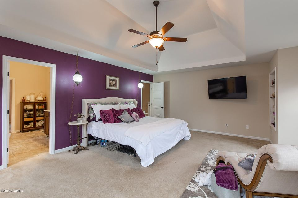 207 Holmes Point Crescent, Jacksonville, NC, 28546   MLS #100148063
