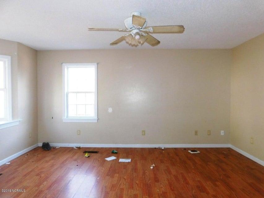 213 Brandy Court, Jacksonville, NC, 28540 | MLS #100148199