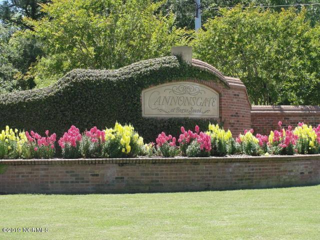 824 Cannonsgate Drive, Newport, NC, 28570 | MLS #100148218
