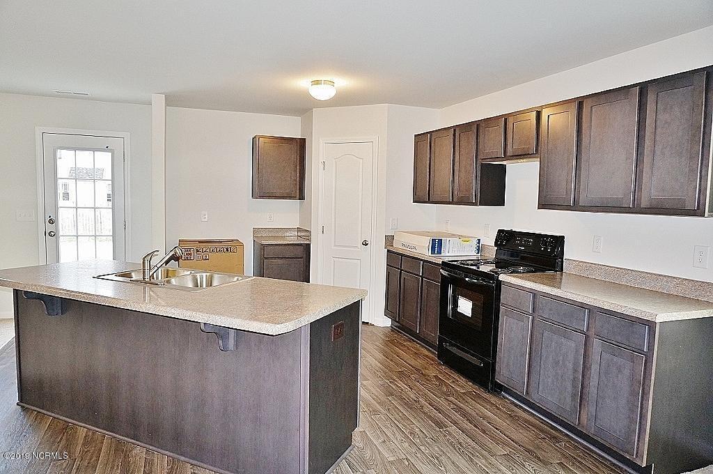 305 Adobe Lane, Jacksonville, NC, 28546 | MLS #100141123