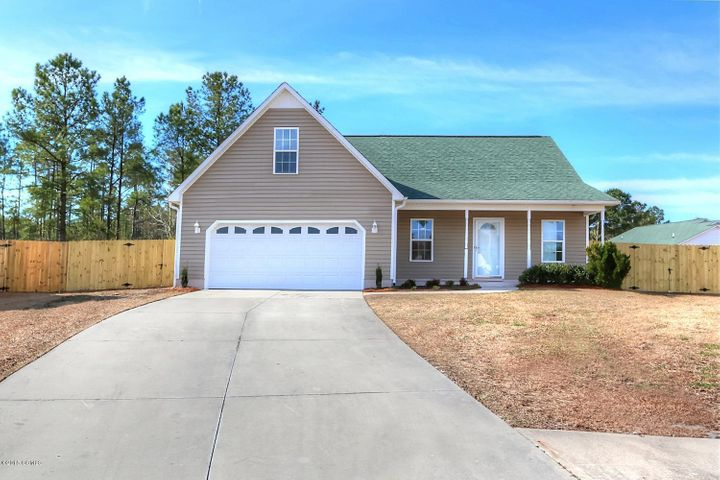 1401 Scotch Pine Court, Havelock, NC 28532