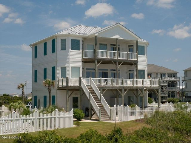 Luxury with Coastal Charm!