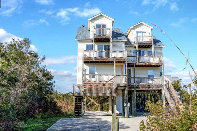 3143 Island Drive, North Topsail Beach, NC 28460