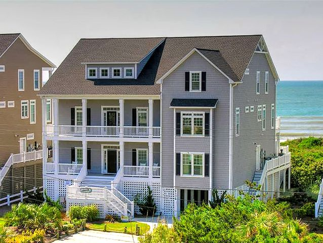 Summerhill Cottage, an upscale oceanfront cottage!