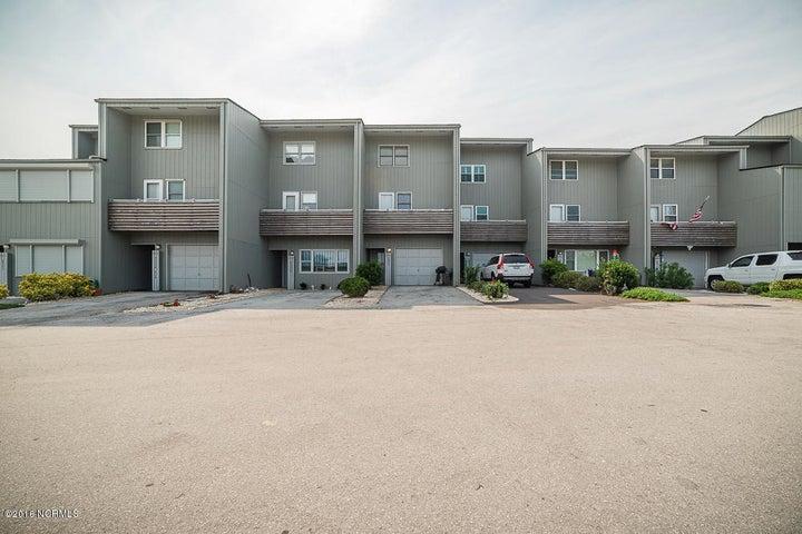2106 E Fort Macon Road, 304, Atlantic Beach, NC 28512