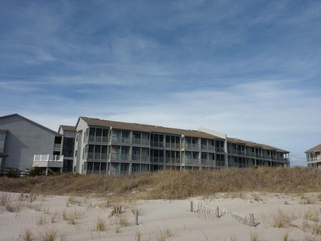 2111 W Fort Macon Road, 241 Dunescape, Atlantic Beach, NC 28512
