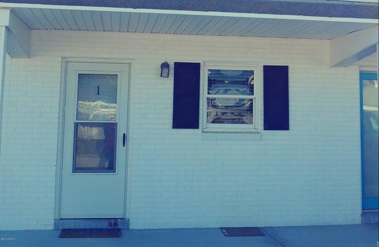 303 Henderson Boulevard, 1, Atlantic Beach, NC 28512