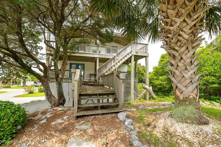 205 Cedar Lane, Atlantic Beach, NC 28512