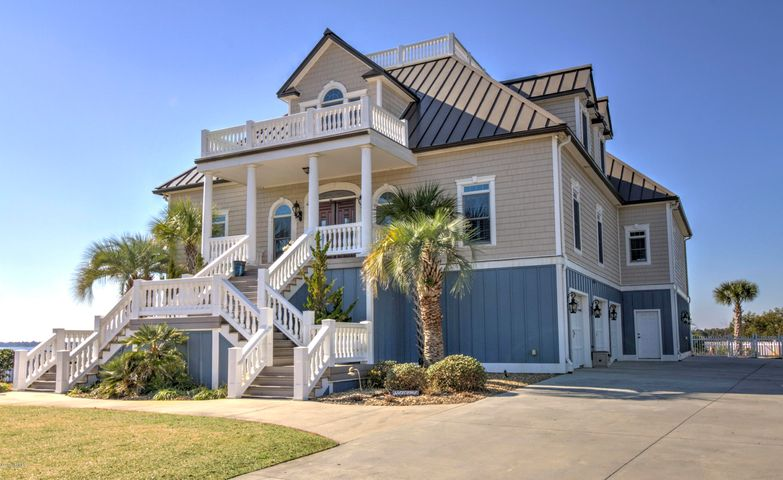 422 Safe Harbour, Newport, NC 28570