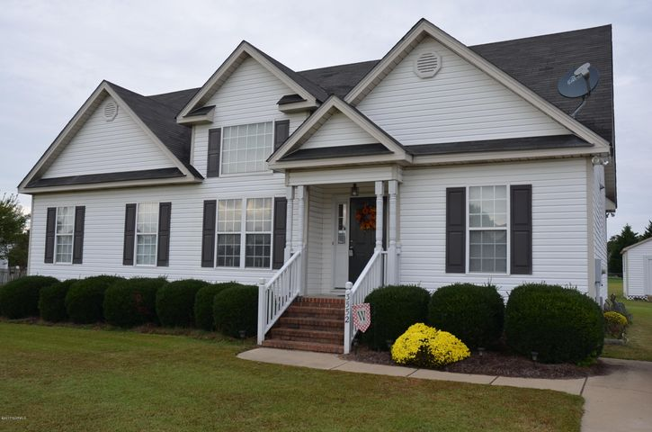 GREAT 3 BD, 2 BA HOME WITH EXPANDABLE UPSTAIRS SPACE