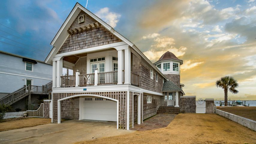 232 Bayview Boulevard, Atlantic Beach, NC 28512