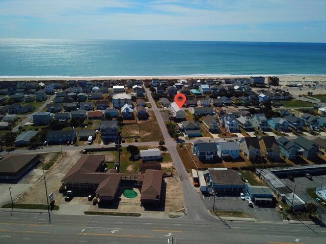 204 Beaufort Avenue, U3, Atlantic Beach, NC 28512