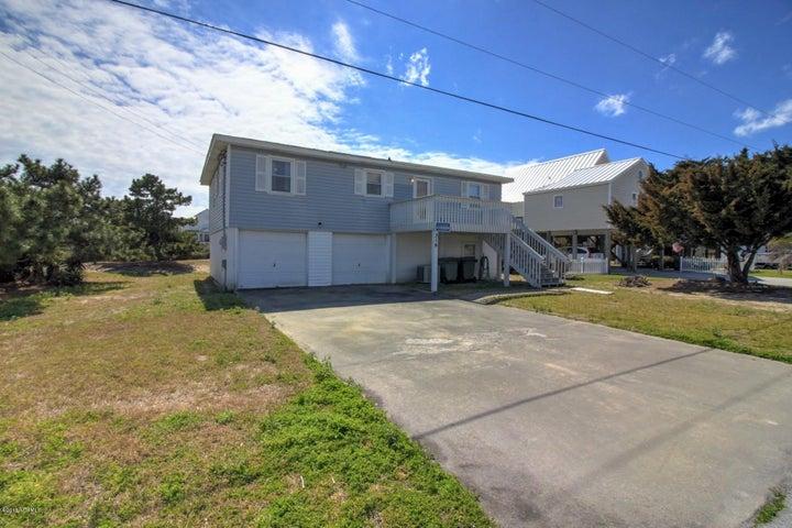 216 Robin Avenue, Atlantic Beach, NC 28512