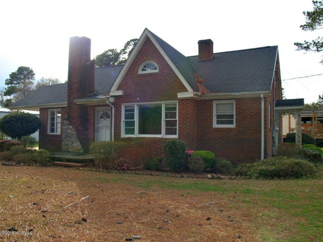 180 Booker T Washington Road, Clarkton, NC 28433
