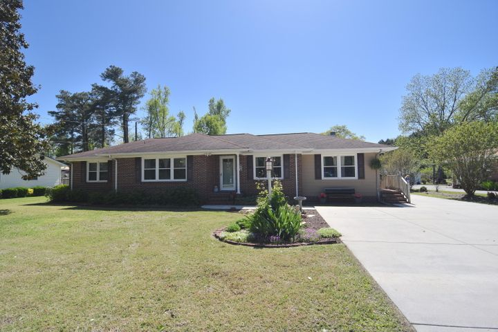 1807 Old Cherry Point Road, New Bern, NC 28560