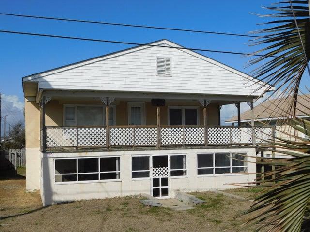 305 Caswell Street, Atlantic Beach, NC 28512