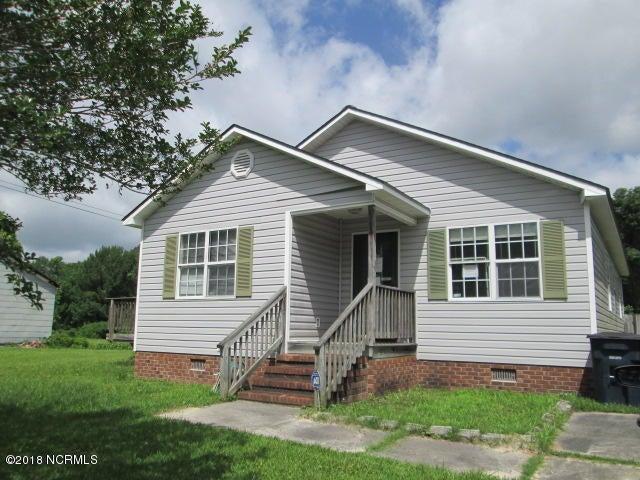 407 S Shore Drive, Jacksonville, NC 28540