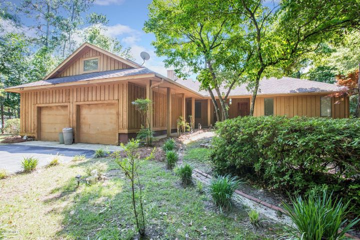 608 Sawgrass Road, Hampstead, NC 28443