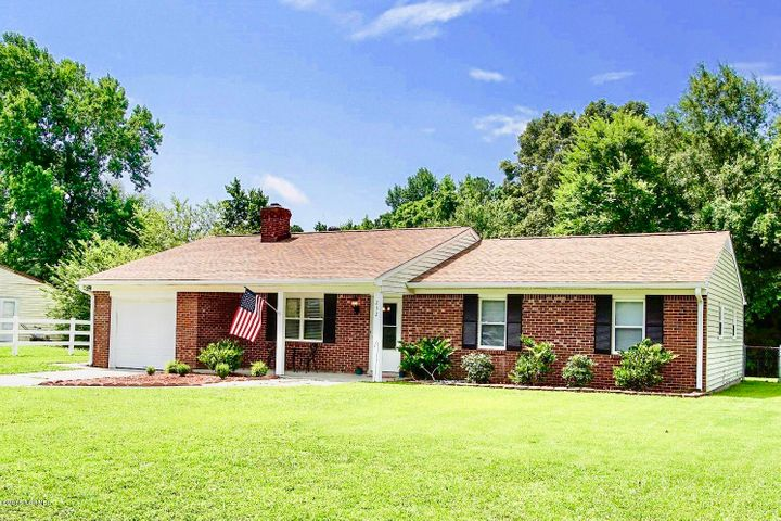 232 White Oak Court, Jacksonville, NC 28546