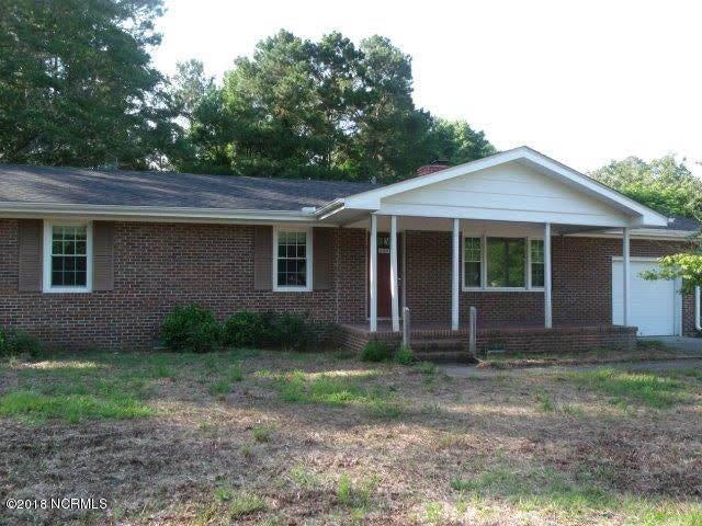 605 Croomsbridge Road, Burgaw, NC 28425
